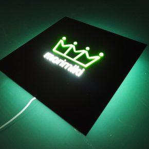 LED内照式アクリルサイン